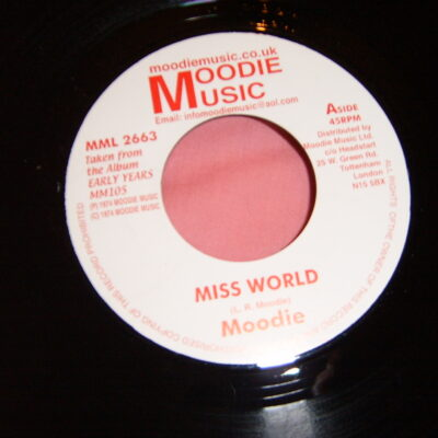 Moodie Miss World (feat. Roy Shirley, Elroy Bailey)