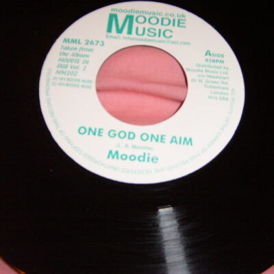One God One Aim by Moodie MML 2673
