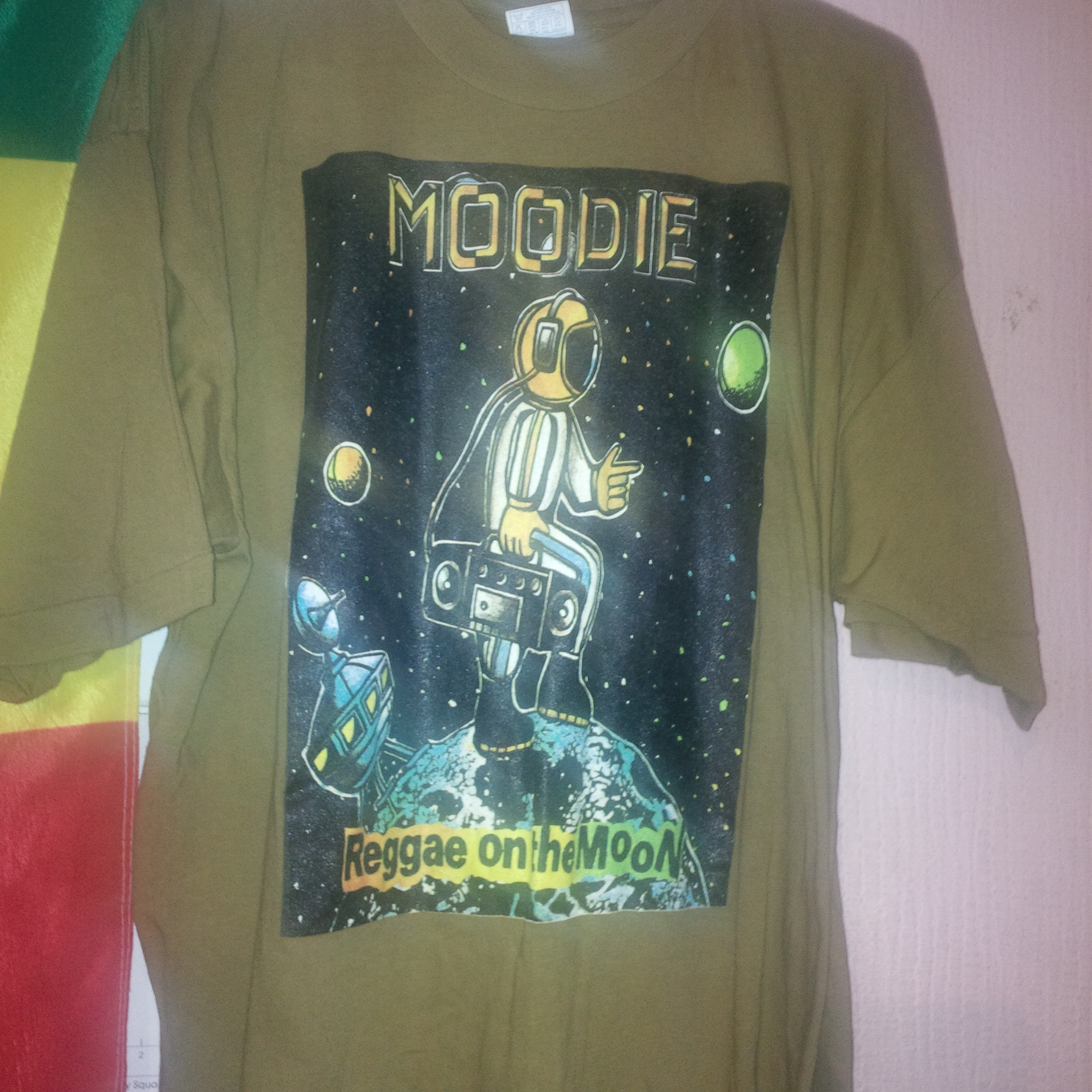 f2a2c1b6 Reggae On The Moon tee shirt | Moodie Music